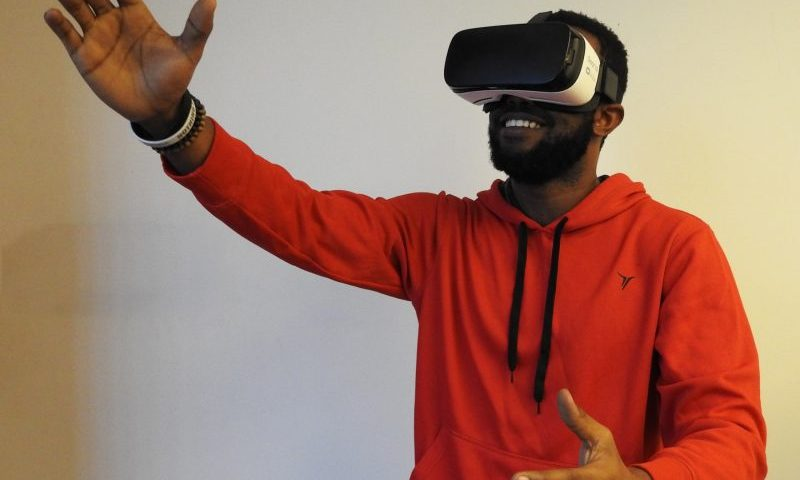 Virtual Reality Games Take Aim at Trunk Control in Parkinson's